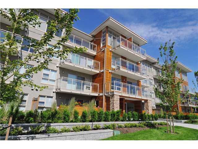 # PH2 1033 ST GEORGES AV - Central Lonsdale Apartment/Condo for sale, 2 Bedrooms (V1048015) #1