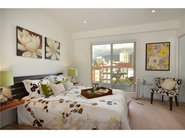 # PH2 1033 ST GEORGES AV - Central Lonsdale Apartment/Condo for sale, 2 Bedrooms (V1048015) #6