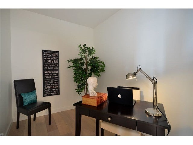 # PH2 1033 ST GEORGES AV - Central Lonsdale Apartment/Condo for sale, 2 Bedrooms (V1048015) #7