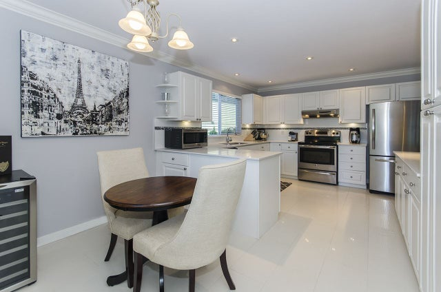 623 W QUEENS ROAD - Delbrook House/Single Family for sale, 6 Bedrooms (R2125868) #11