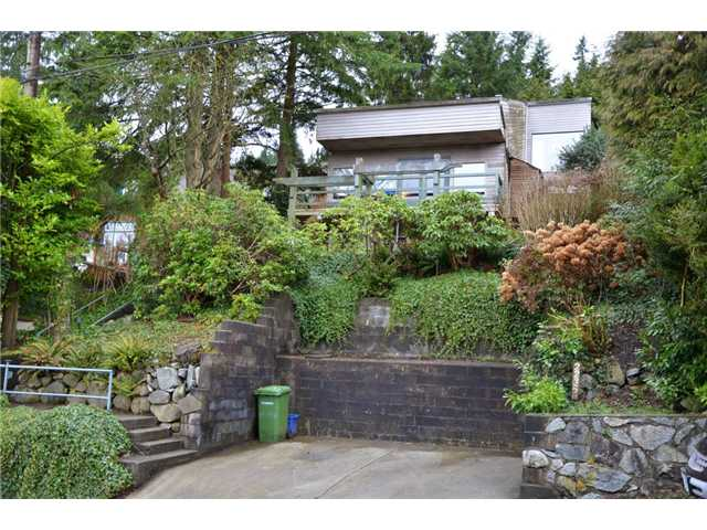 2235 CALEDONIA AV - Deep Cove House/Single Family for sale, 3 Bedrooms (V931280) #1