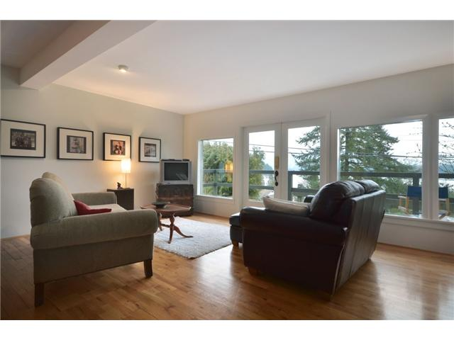 2235 CALEDONIA AV - Deep Cove House/Single Family for sale, 3 Bedrooms (V931280) #5