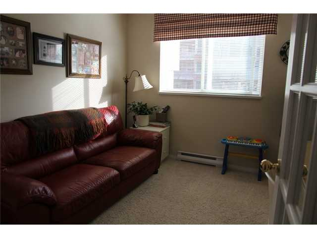 # 201 130 W 22ND ST - Central Lonsdale Apartment/Condo for sale, 2 Bedrooms (V932856) #10