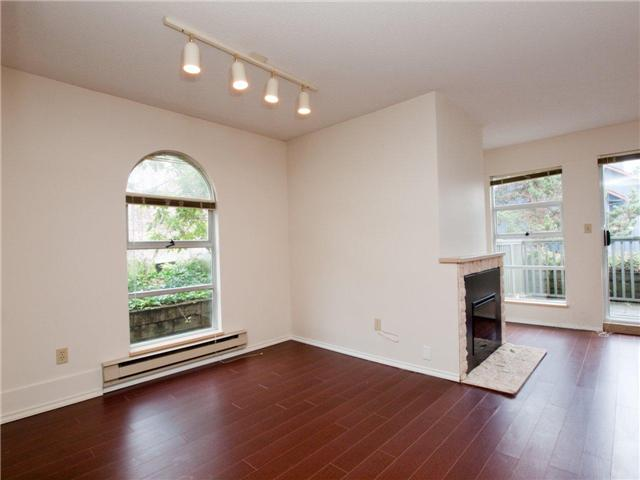 # 12 900 W 17TH ST - Hamilton Townhouse for sale, 2 Bedrooms (V965588) #3