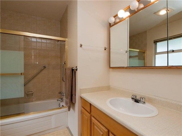 # 12 900 W 17TH ST - Hamilton Townhouse for sale, 2 Bedrooms (V965588) #8