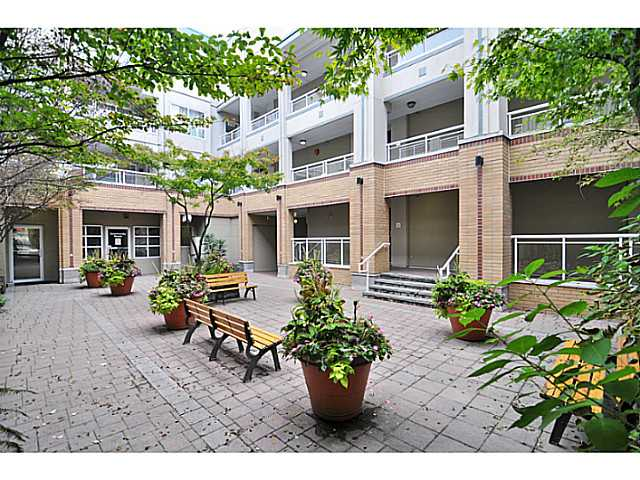 # 207 108 W ESPLANADE AV - Lower Lonsdale Apartment/Condo for sale, 2 Bedrooms (V976734) #10